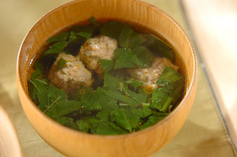 肉団子入りモロヘイヤスープ